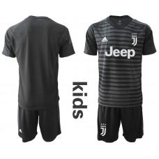Youth 2019-2020 club Juventus black goalkeeper Soccer Jerseys1